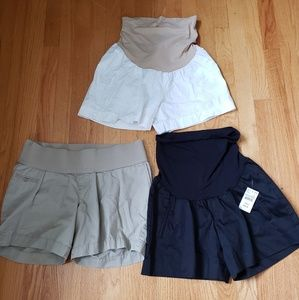 Lot of 3 maternity shorts size small